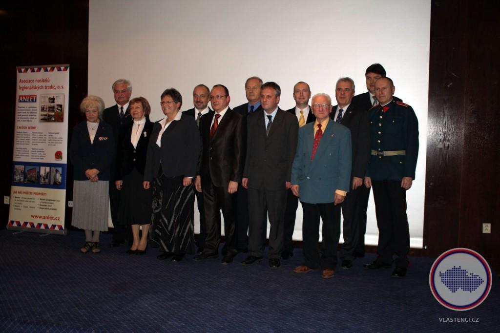 Členové ANLeT a ocenění cenou Český patriot 2011