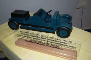 model elektromobilu Josefa Sousedíka